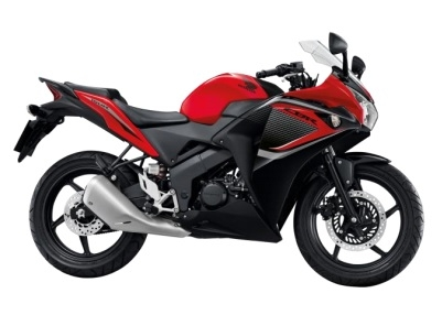 CBR150R ('14) Red/Black Plastic Parts (R263)